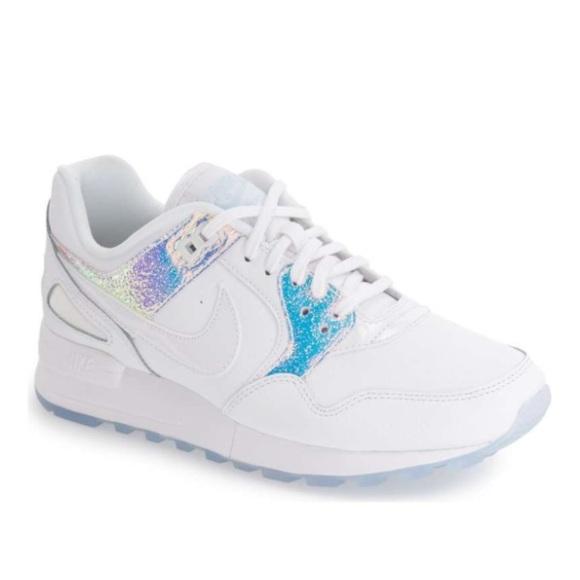 785b05af17fd Nike Zoom Air Pegasus 89 Premium Women Running