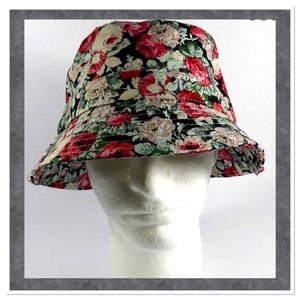 Red & White Rose Bucket Hat