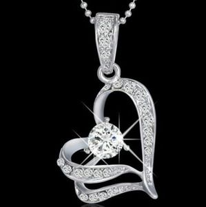 Jewelry - Crystal Rhinestone Heart Pendant Necklace