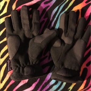 Leather thinsulate gloves 🏔
