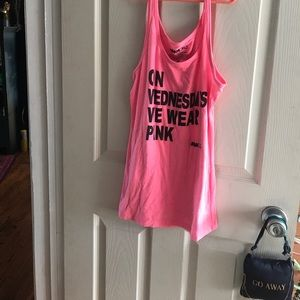 "Mean girls ""on wednesdays we wear pink sz lrg"