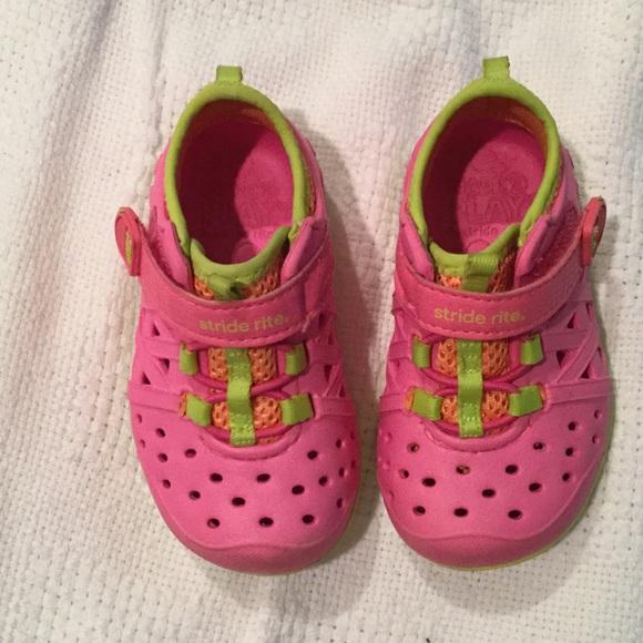 Stride Rite Toddler Shoe   Discount