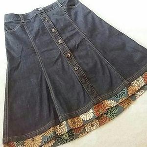 🆕 Listing! Ann Taylor Denim Skirt
