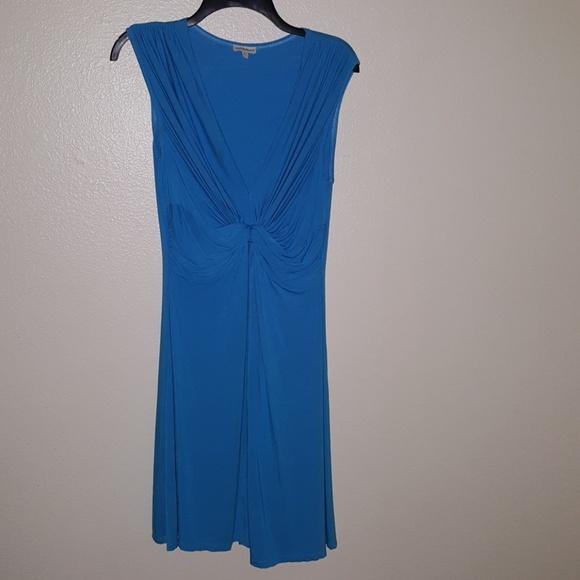 Boston Proper Dresses & Skirts - Boston Proper V-neck Twist Dress