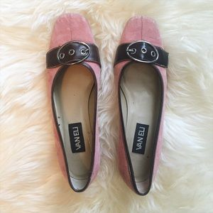 Vanelli dusty rose suede shoes