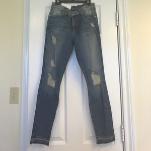 7 for all mankind Distressed ankle skinny
