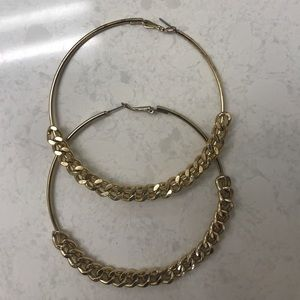 Jewelry - Gold hoops with chain detail