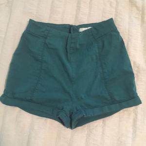 Green Pin-up Style High Waisted Short Shorts