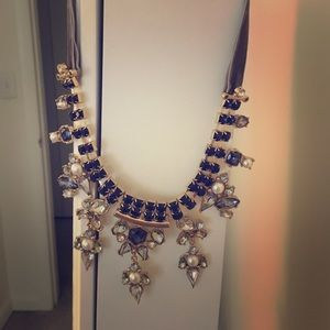 Statement necklace w/gold chain and grey velvet
