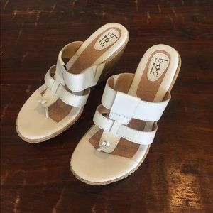 B.O.C. Born Concept white leather sandals wedges
