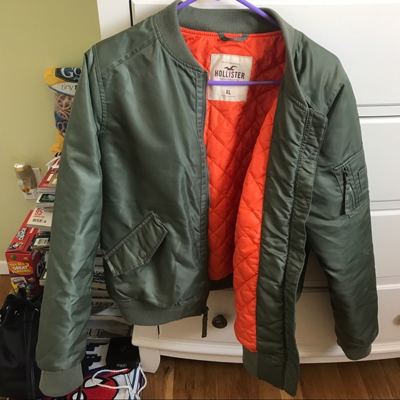 cfde65c02dcbe Hollister Jackets   Blazers - Women s Hollister Nylon Bomber Jacket