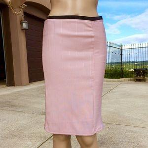 ZARA W&B Pink Textured Pencil Skirt