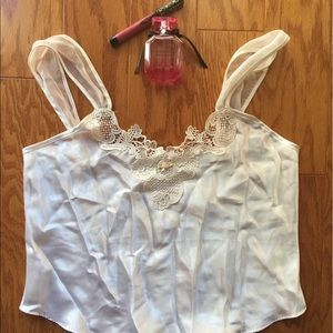 1960s vintage embroidered nightshirt in white