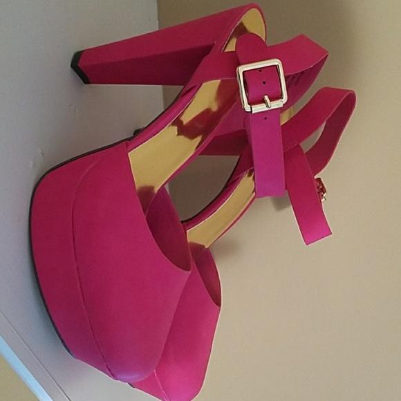It's Fashion Metro Shoes   Fuschia High