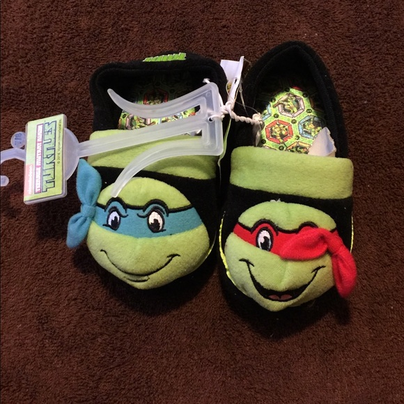 5554ca0eca4 Toddler Boys Teenage Mutant Ninja Turtle Slippers