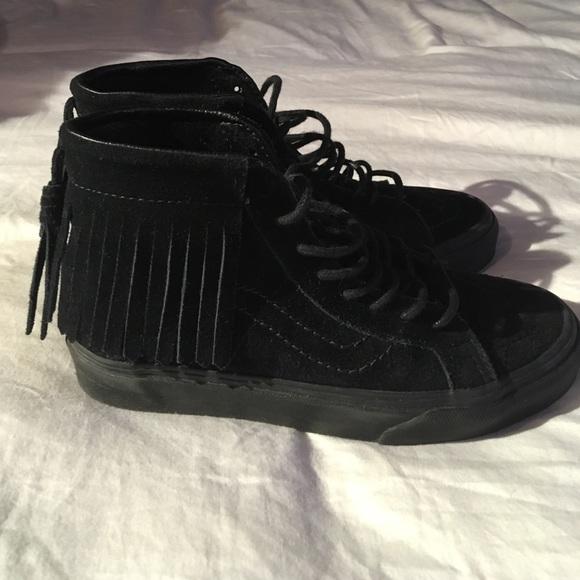 6d25234cc210ef Vans fringe suede sk8 shoes black 5. M 596179424e95a3797704dd75
