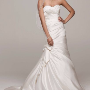 New Mermaid Sweetheart Satin Ivory Wedding Gown