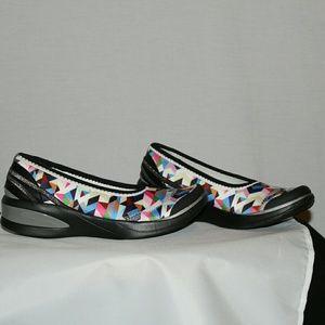 Niche (grey Chevron Mesh) Women's Slip On Shoes $59 Zappos On sale. Bzees Galaxy Slide Sandal $59 $30 (45% off) Nordstrom Bzees Energy Pump $79 Nordstrom Bzees Billie Bootie $79 Nordstrom On sale. Bzees Empress (toffee Microfiber) Women's Slip On Shoes $69 $48 (30% off) Zappos On sale. Bzees Galaxy Slide Sandal $59 $30 (45% off).