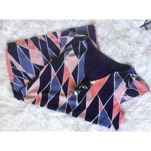 BANANA REPUBLIC geometric v-neck cap sleeve dress
