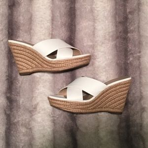 259c84afe3e Lord and Taylor Sadie Wedges in Ivyle Alabaster NWT