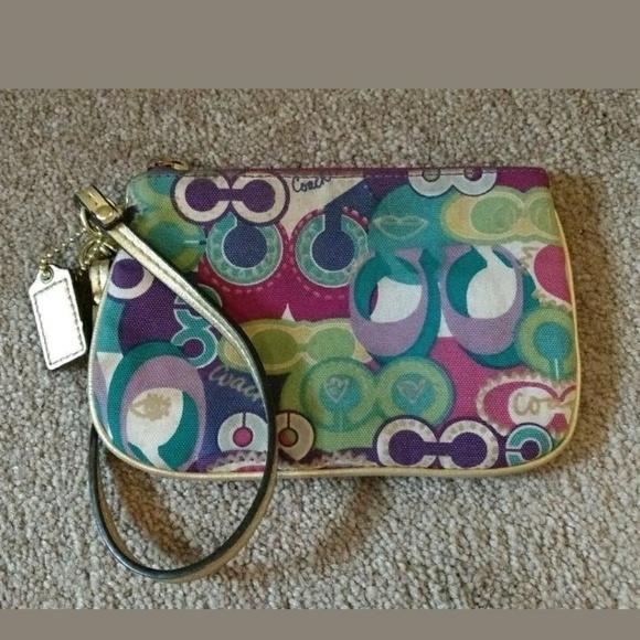 Coach poppy rainbow purse coach poppy pop c rainbow multi wristlet mightylinksfo