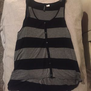 Black and gray striped button-down casual tank