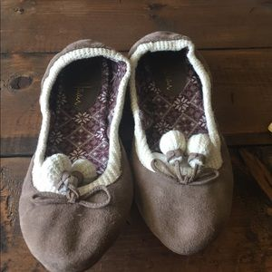 Taupe Cole haan flats size 7.5