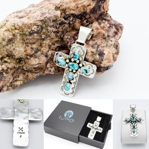 Jewelry - Navajo Kingman Turquoise Cross Pendant SP0041