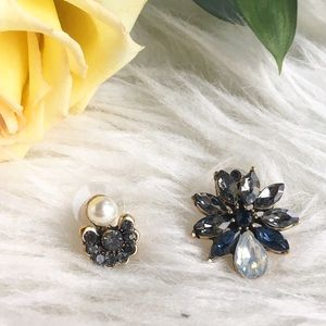 Jewelry - Flower earrings studs