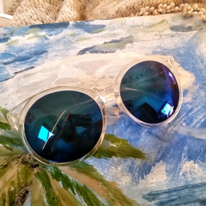 Funky Blue Mirrored Sunnies