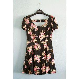 F21 | Floral Cutout Mini Dress