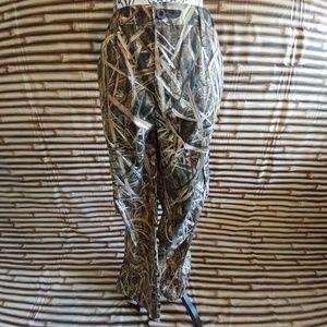 NWOT Mossy Oak Camo Size XL Pants