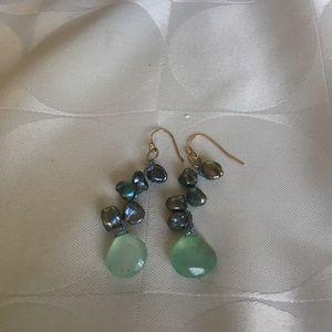 Jewelry - Gorgeous green chalcedony & Keshi earrings
