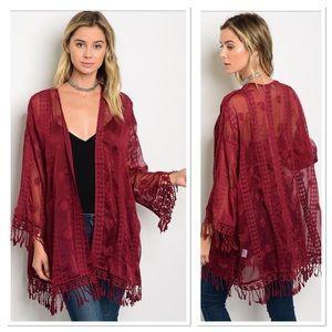 🎉HP🎉 Burgundy open Front Kimono