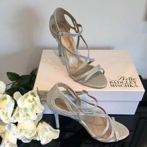 NWT Badgley Mischka Belle silver sandal shoes 8.5