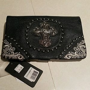 Rustic Coutures Black w/ Cross Clutch or Wrislet