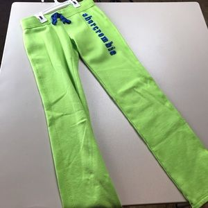 Abercrombie Kids Girls Sweats Size M