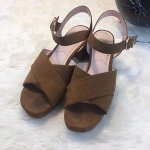 Zara 40 Suede Platform Sandals