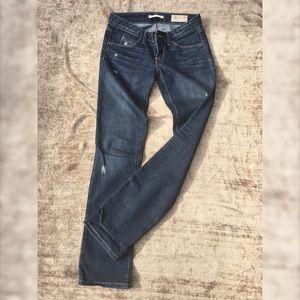 GAP limited edition straight leg blue jeans 25