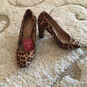 NWT Merona leopard heels