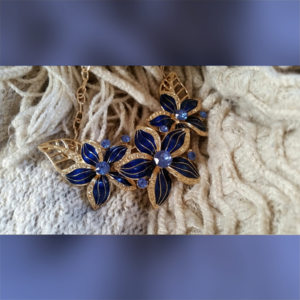 Blue Lily Necklace