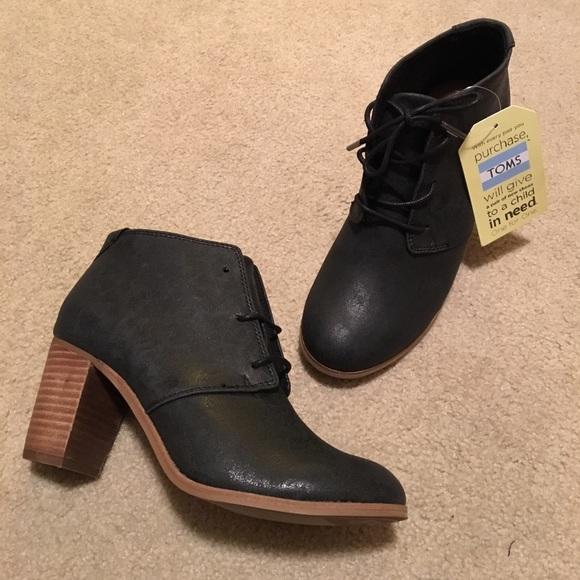 dcf4d36a98a NWT TOMS black booties women s size 7.5