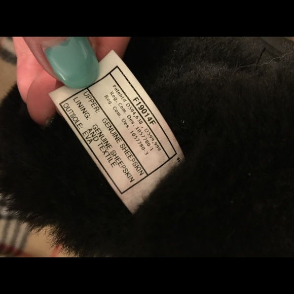 ugg bailey button black size 8