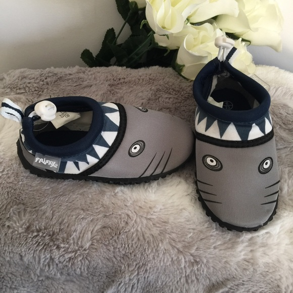 Other - Boys shark water shoes Infant 6