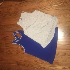 Lot of 2 Old Navy tanks XS
