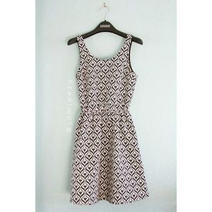 H&M | Jacquard Weave Cutout Dress