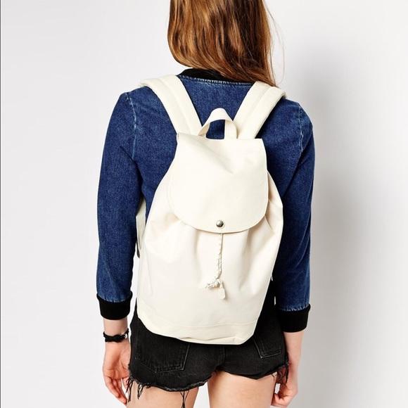 421c56055fe Herschel Supply Company Handbags - PRICE CUT! Herschel Reid Backpack