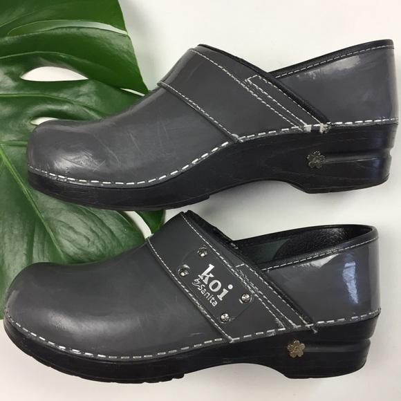 Koi Nursing Shoes For Womens