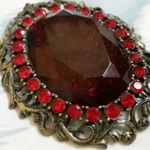 Vintagesque Brooch