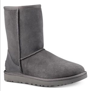 UGG Short Classic Grey Winter Boots